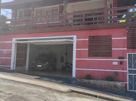 Loft família moraes, hotel perto de Teleférico, Serra Negra