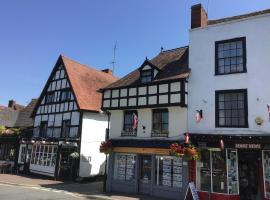 Stylish 3 bedroom apartment, hotel in Upton upon Severn
