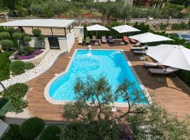 Villa Birikina with Pool, hotel near Baredine Cave, Poreč
