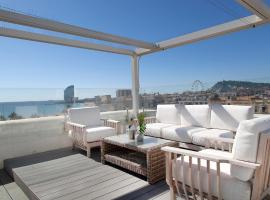 Kronos on the Beach Attic Suite, hotel with jacuzzis in Barcelona