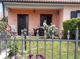 Residence Bartolini Ai Campi Da Golf, hotel in zona Terme di Saturnia, Saturnia