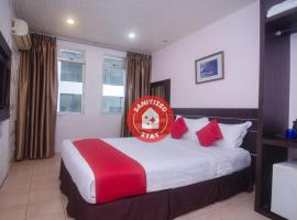 OYO 991 Mayfair Hotel, hotel in Kuching