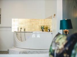 MyLittle PalaisdesPapes - Duplex - Suites & Spa, apartment in Avignon