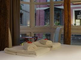 AliciaZzz Bed And Breakfast Bilbao, hotel in Bilbao