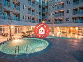 OYO Flagship 728 Baileys Apartment Near RS Aria Sentra Medika, hotel in Tangerang