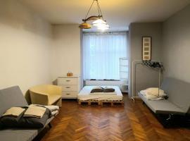 Spacious Apartment – hotel w Krakowie