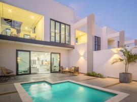Boca Catalina Residences, hotel em Palm-Eagle Beach