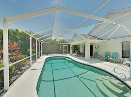 Spacious Upscale Hideaway w/ Private Caged Pool home, villa in Fort Myers