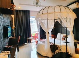 Kha Thy Hotel 2, hotel near MM Mega Market, Ho Chi Minh City
