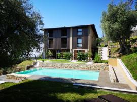 Cascina Varini, serviced apartment in Gargnano