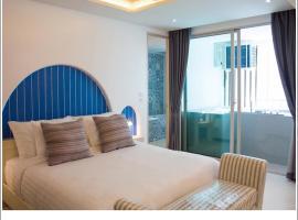 Costa Village Bangsaray, Residence with Private Jacuzzi, hotel near U-Tapao Rayong-Pattaya International Airport - UTP, Bang Sare