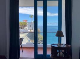 Ocean Views. Flat 3 bedrooms., alojamiento con cocina en Puerto de la Cruz