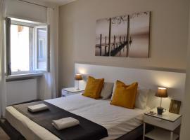 Blue Nest Apartment, apartment in Nago-Torbole
