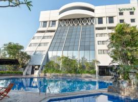 Lux Tychi Hotel Malang, hotel near Abdul Rachman Saleh Airport - MLG, Malang
