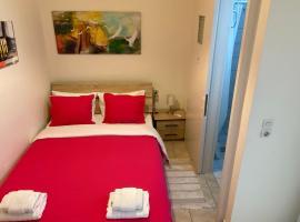 Patras Port apartment, hotel in Patra