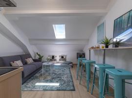 SMARTBNB - Charmant 2 pieces rénové - Dernier étage - Clim, apartment in Nice