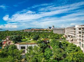 Shangri-La's Sanya Resort & Spa, hotel in Sanya