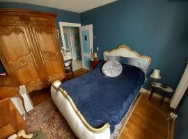 Chambre privée, hôtel à Rennes près de: Métro Le Blosne