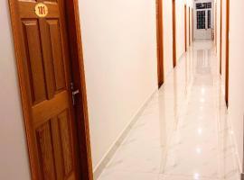 HOTEL TÂN KHỞI ĐẠT, hotel in Xóm Ông Phùng