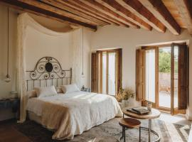 Mas Generós - Adults-Only Eco Hotel, country house in Fonteta