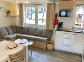 Mobil home 6/8 pers, campground in Saint-Julien-en-Born