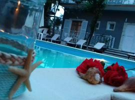 Sun Helios Garden: Limenas'ta bir otel