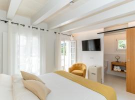 Hotel m - 27, hotel in Es Mercadal