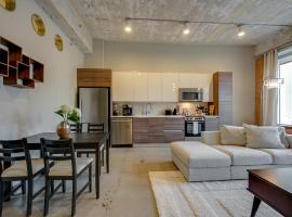 Jurny - Downtown Dallas Apartments, vacation rental in Dallas