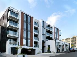 CHELSEABAY Modern Apartments, apartment in Auckland