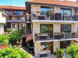 Кириос Отель, отель в Несебре