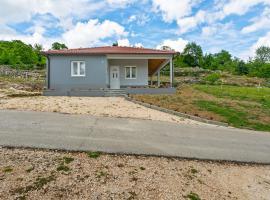 Quaint Holiday Home in Ričice-Imotski near Red Lake, hotel in Imotski