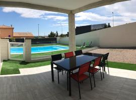 Villa les agrumes, holiday home in Narbonne