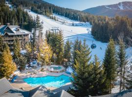 Blackcomb Springs Suites by CLIQUE, hotel in Whistler