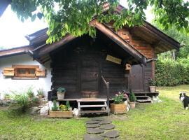 petit chalet authentique bien situé !, chalet i Chamonix-Mont-Blanc
