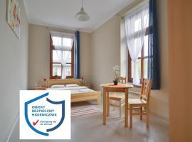 Dom Turysty PTTK w Bielsku - Białej, hotel in Bielsko-Biała