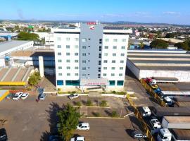 Hotel Rota Do Sol, отель в городе Патросиниу