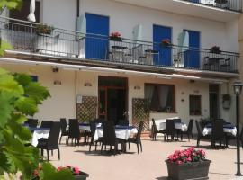 Hotel Luisa, hotell i Brenzone sul Garda