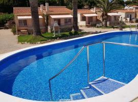 Beach Resort La Margarita, resort in Hospitalet de l'Infant