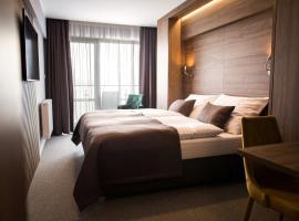 Hotel Eurobus, hotel v blízkosti zaujímavosti Zemplínska Šírava (Kaluža)