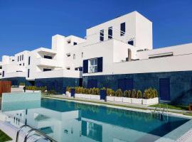 Sea Golf Sun Luxury Vacation Rental, Ferienwohnung in Playa Flamenca