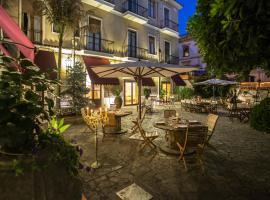 Hotel Victoria Maiorino, hotel a Cava de' Tirreni