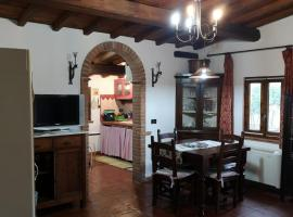 Fragolina Per Due, cabin in Lucca