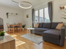 Helle und gemütliche Wohnung in zentraler Lage, hotel in Graz