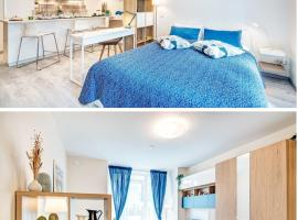 HAPPY INN Central Studio, self check-in, Parking in the underground Garage, hotel near Lithuanian National Opera and Ballet Theatre, Vilnius