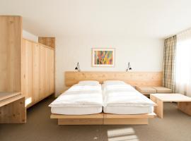 Hauser Hotel St. Moritz, hotel in St. Moritz