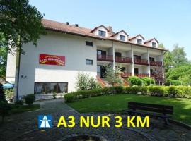 Apparthotel Alte Innbrücke, Ferienwohnung in Neuhaus am Inn