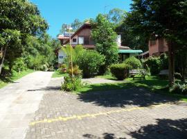 Ex Pousada Vale do Bosque - Aluguel por temporada, homestay in Gramado