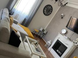 Appartement cosy et moderne, proche Cité des Papes, self catering accommodation in Avignon