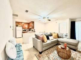 Bright cozy Townhome in quiet east Tallahassee, vacation rental in Tallahassee
