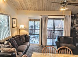 Three-Bedroom Premier Townhouse Unit #64 by Snow Summit Townhouses Bus Lic #23581, villa in Big Bear Lake